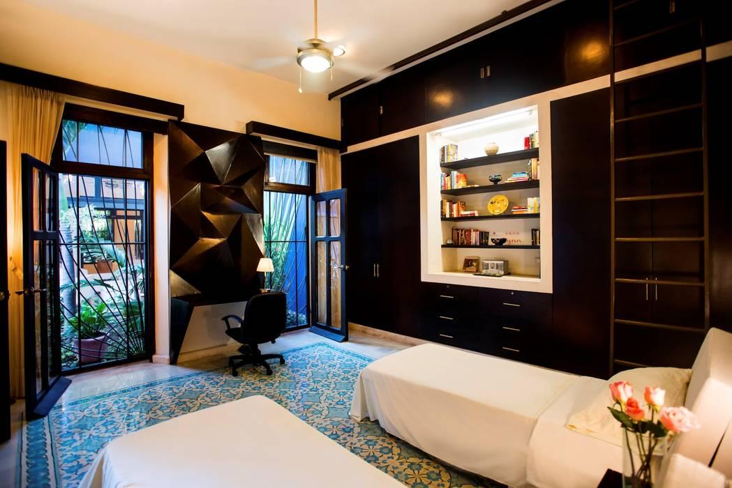Recámara de Huespedes Taller Estilo Arquitectura Dormitorios modernos Azul