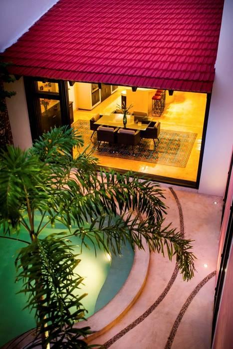 Patio Rosado Albercas modernas de Taller Estilo Arquitectura Moderno
