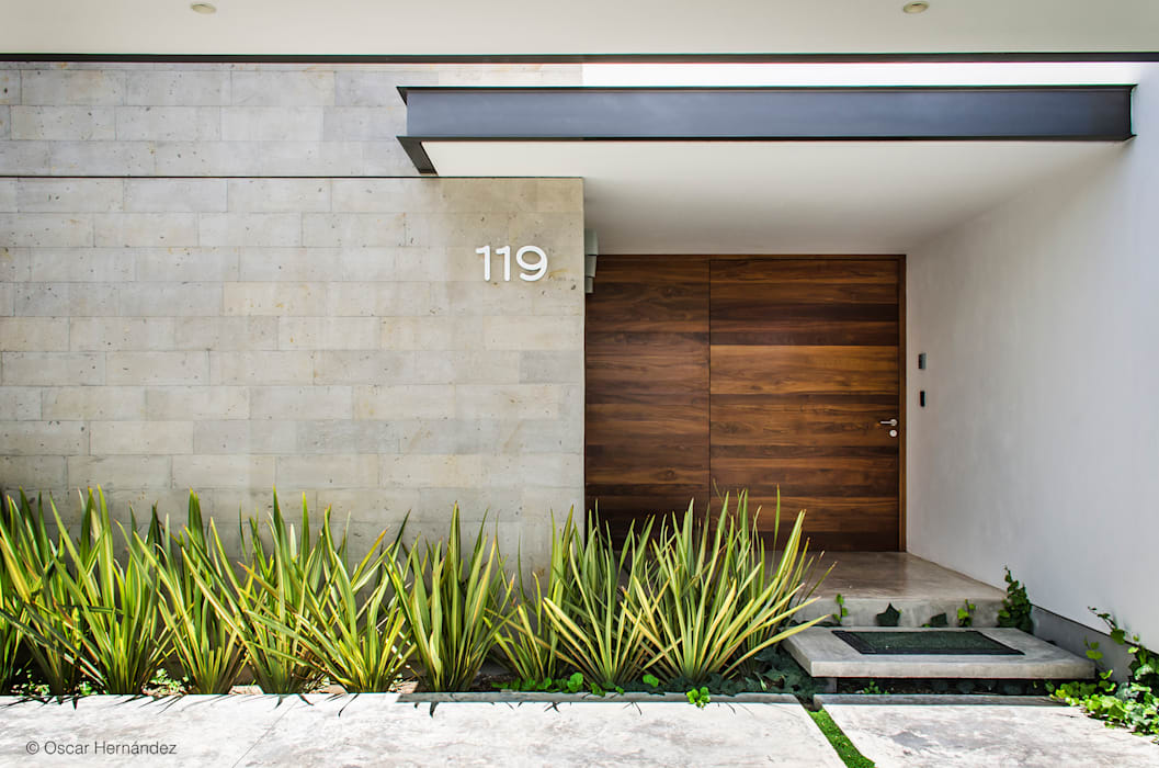 Front doors by homify, Modern