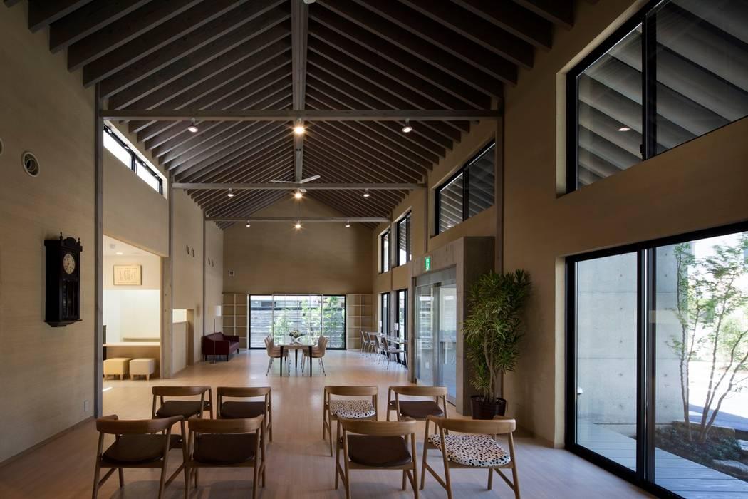 島田の診療所: 株式会社 ナウハウスが手掛けた和室です。