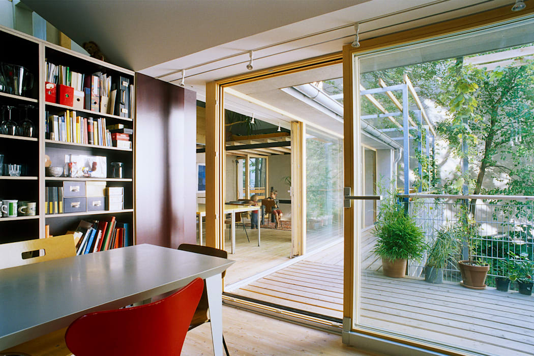 balcony as extension to interior space Modern Terrace by allmermacke Modern