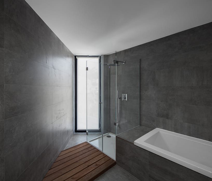 Baños de estilo moderno de PEDROHENRIQUE|ARQUITETO Moderno