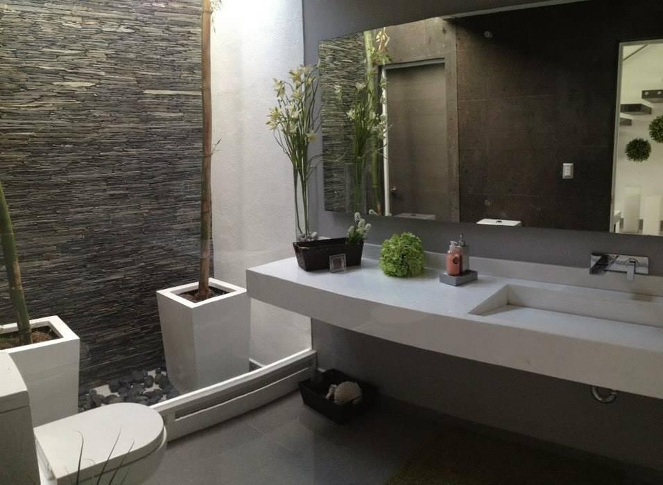 Modern Bathroom by SANTIAGO PARDO ARQUITECTO Modern