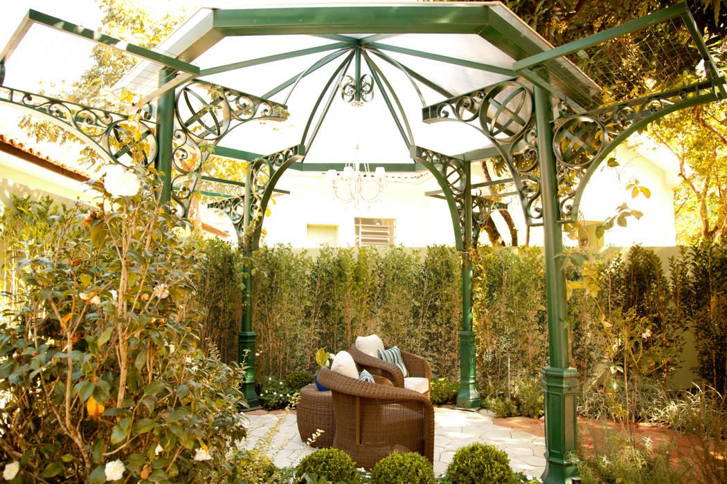 庭院 by homify, 古典風