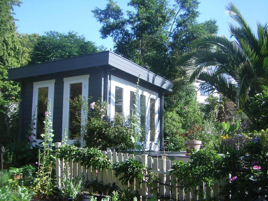 Contemporary Garden Building by Garden Affairs Ltd Сучасний