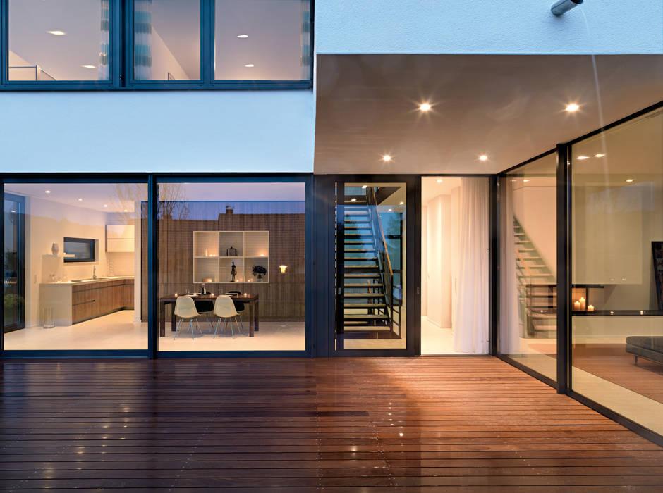 terrazza in stile di leicht k chen ag homify. Black Bedroom Furniture Sets. Home Design Ideas
