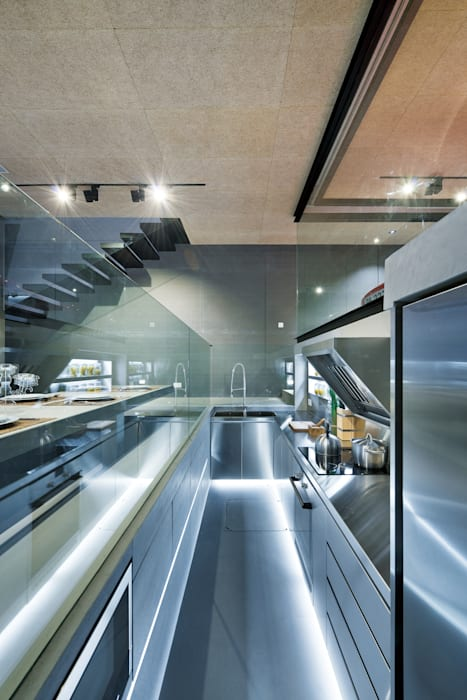 Millimeter Interior Design Limited Modern kitchen
