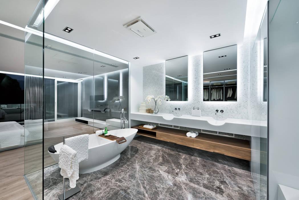 Modern bathroom by Millimeter Interior Design Limited Modern