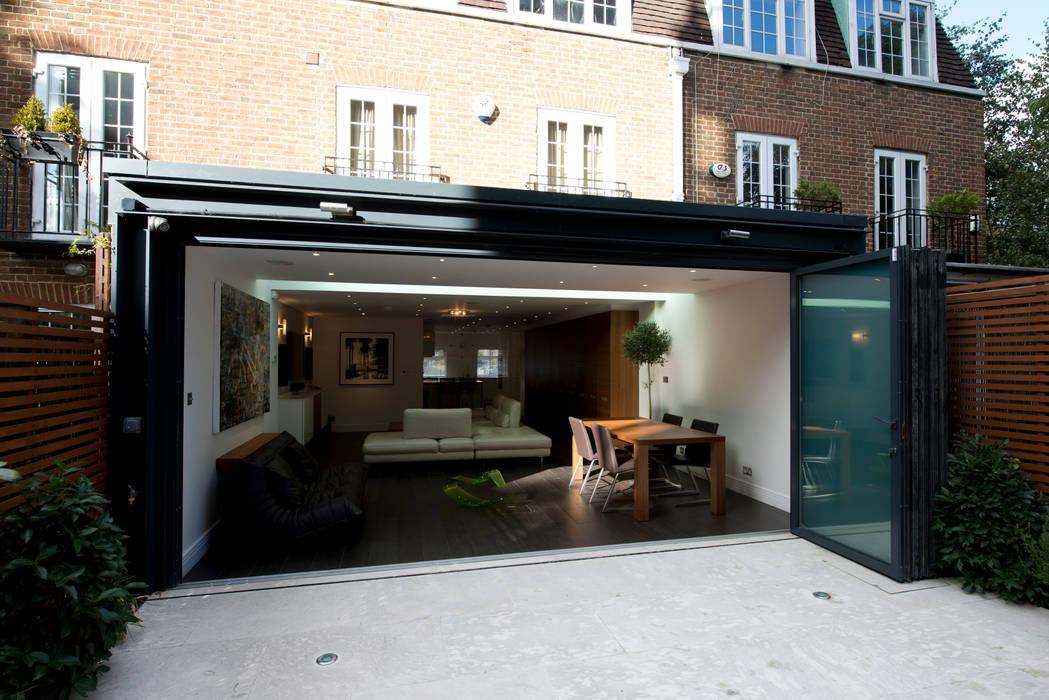 Rear Extension Casas estilo moderno: ideas, arquitectura e imágenes de DDWH Architects Moderno