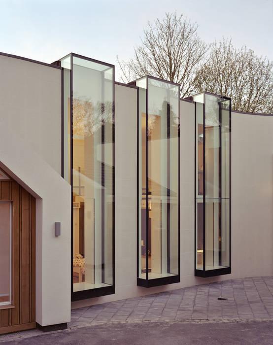Linkside: Oversized Culmax Oriel Bay Windows Maxlight Modern windows & doors