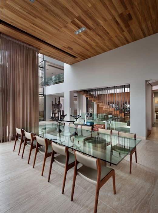 Dining room by C Cúbica Arquitectos , Modern