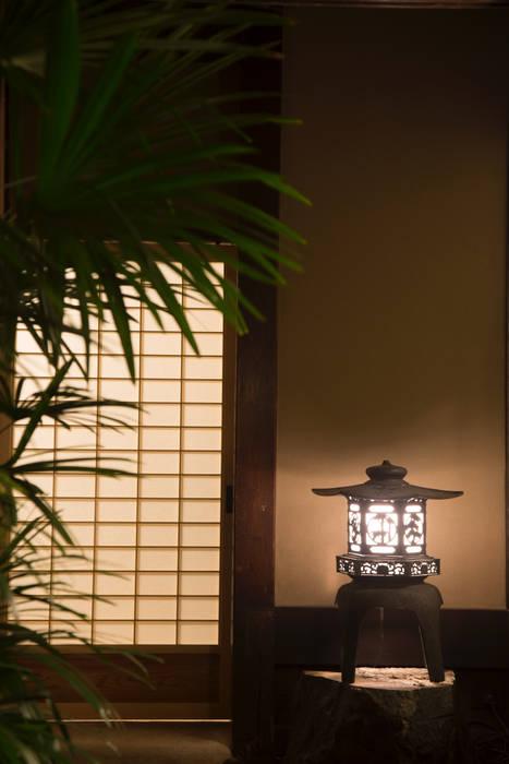 Jardines de estilo asiático de 一級建築士事務所 (有)BOFアーキテクツ Asiático