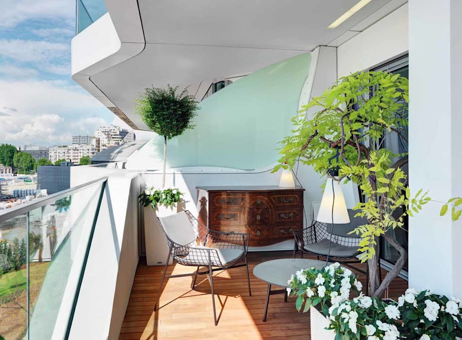 Terrace by Studio Marco Piva, Modern