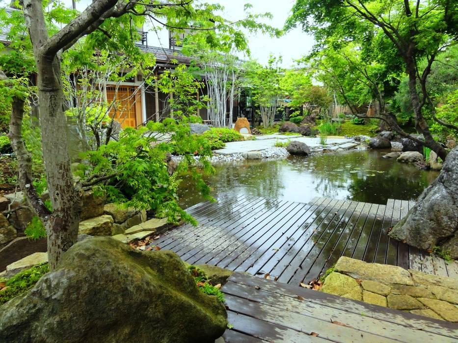 Eclectic style garden by 木村博明 株式会社木村グリーンガーデナー Eclectic
