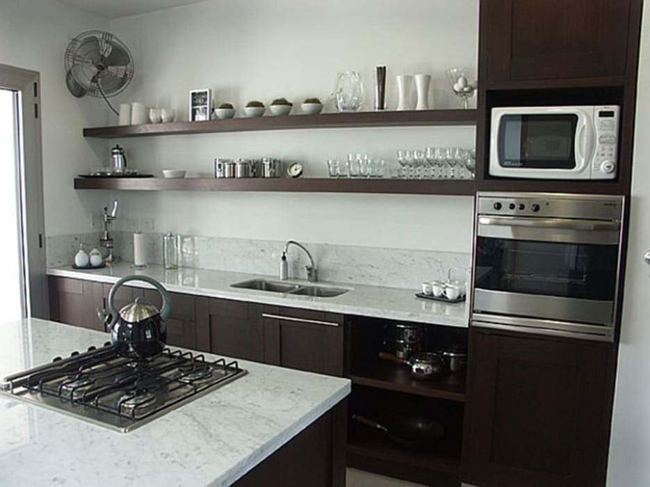 Cocinas de estilo moderno de JUNOR ARQUITECTOS Moderno