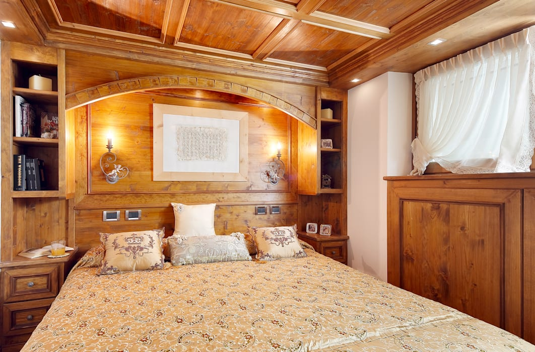 Ambra Piccin Architetto BedroomBeds & headboards Wood Brown