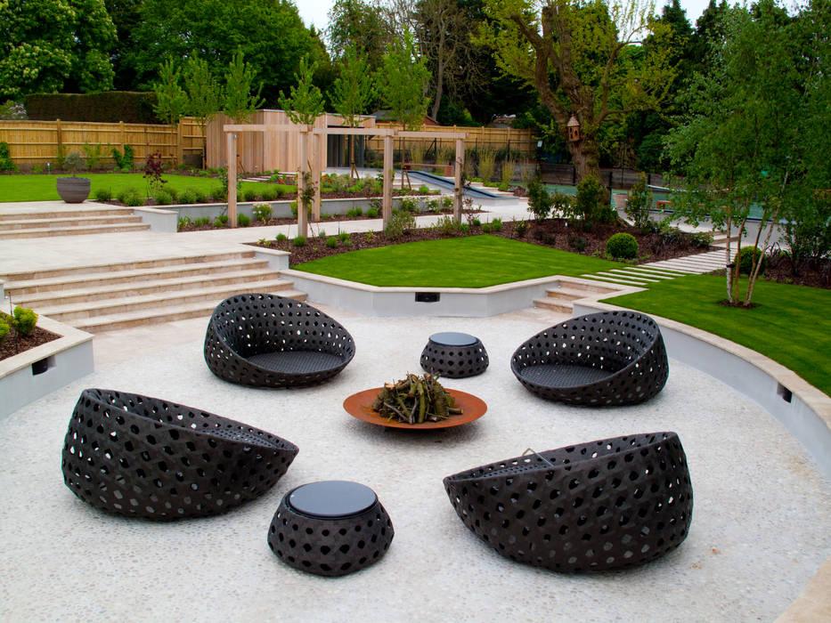 A private garden, Surrey Modern garden by Bowles & Wyer Modern
