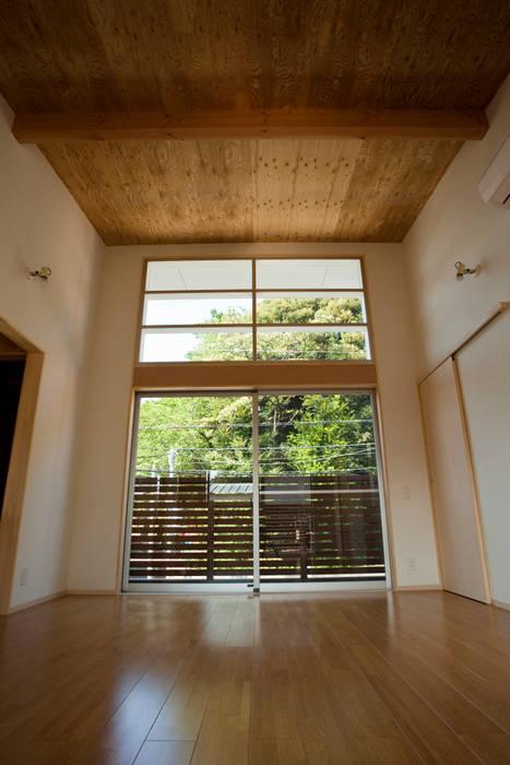 久我山の家 House in Kugayama モダンデザインの リビング の 一級建築士事務所 本間義章建築設計事務所 モダン