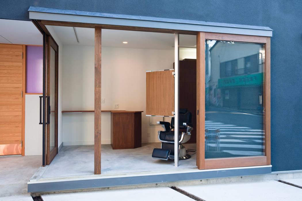 โดย 一級建築士事務所 本間義章建築設計事務所 โมเดิร์น
