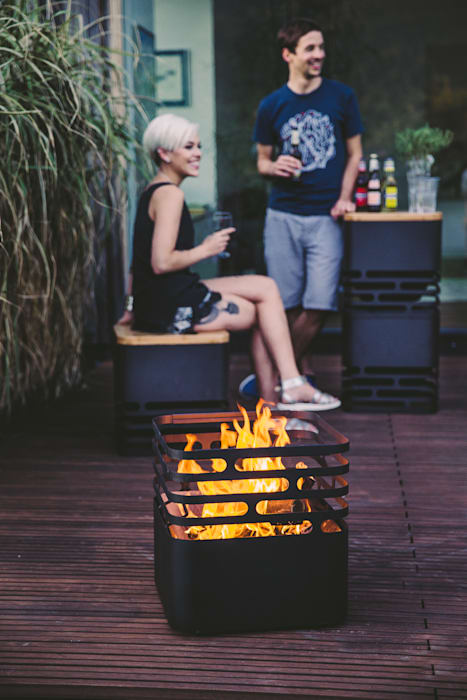 homify Garden Fire pits & barbecues Black