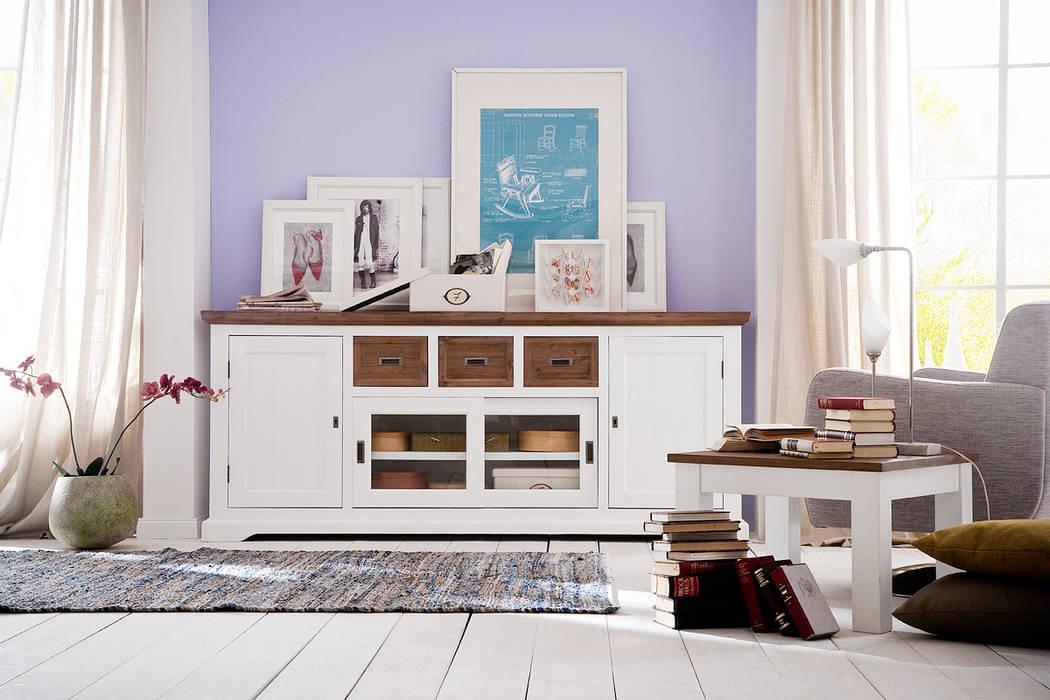 Fleurs Landhaus Style: Landhausstil Schlafzimmer Von AMD Möbel  Handelsgesellschaft MbH U0026 Co.