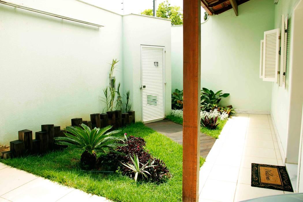 Casa Liberdade Jardins clássicos por Na Lupa Design Clássico