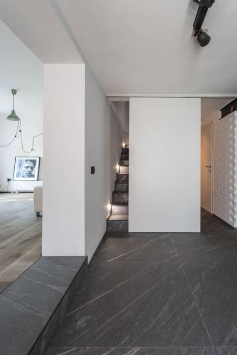 Giò&Marci km 429 architettura Ingresso, Corridoio & Scale in stile moderno