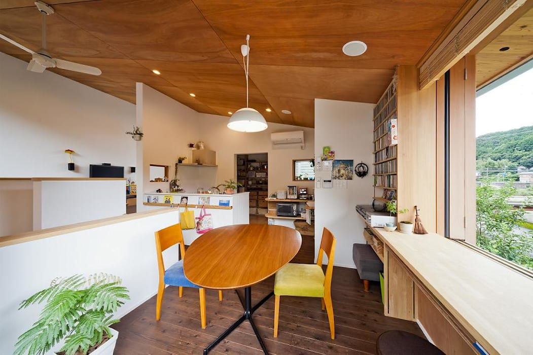 dining Eclectic style dining room by キリコ設計事務所 Eclectic