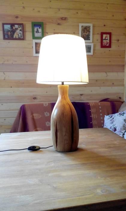 Лампа с основанием из дерева:  в . Автор – Alexander Prokhorov, Рустикальный Дерево Эффект древесины