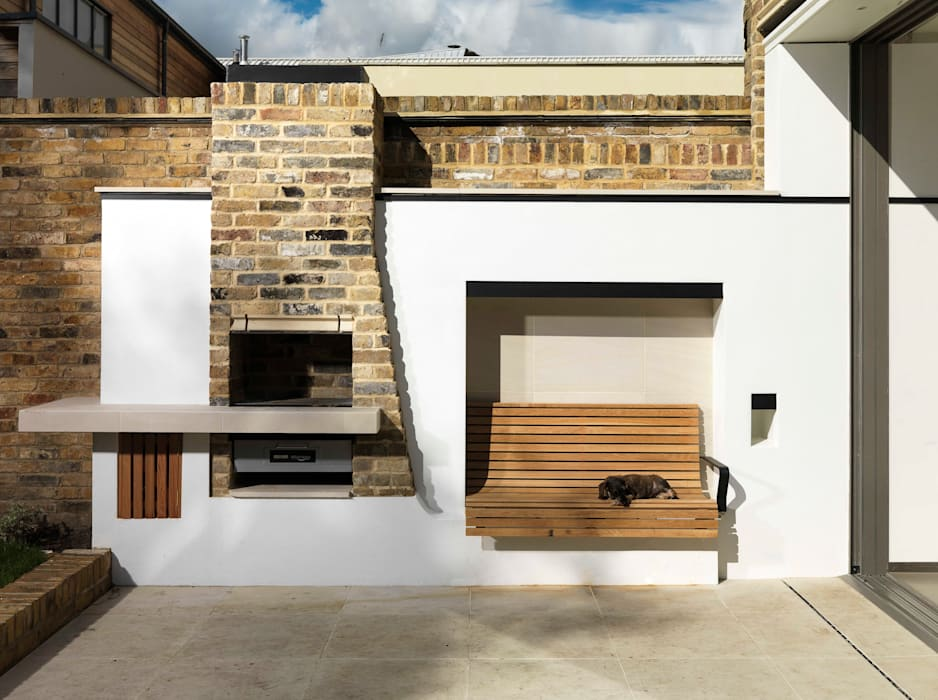 Gretel House Rustic style garden by Simon Gill Architects Rustic