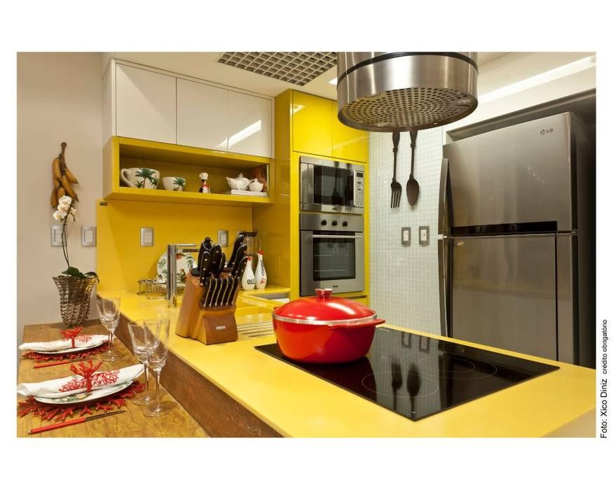 COZINHA:   por MA Interior Design,