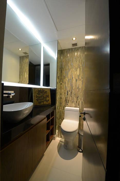 Baño de visitas: Baños de estilo  por ESTUDIO TANGUMA