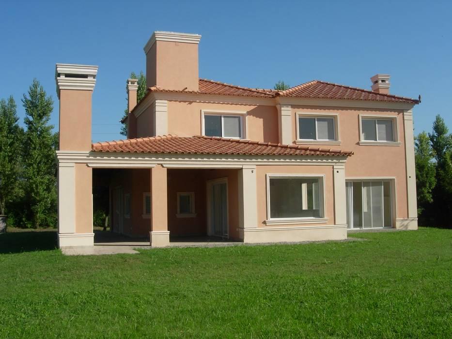 PZ Arquitectura Casas clásicas de Grupo PZ Clásico