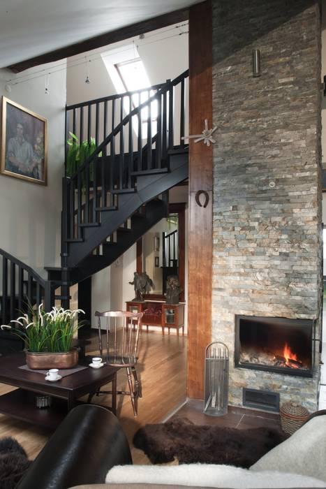 Modern Living Room by ARTEMA PRACOWANIA ARCHITEKTURY WNĘTRZ Modern