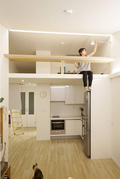 Ruang Keluarga oleh IDÉEAA _ 이데아키텍츠, Modern MDF