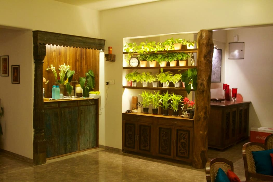 planter cum room divider Asian style living room by uttara and adwait furniture Asian