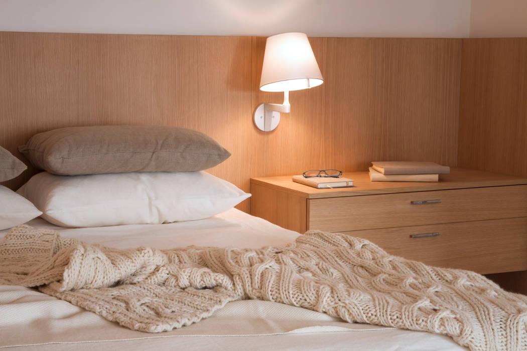Спальни в . Автор – Paula Herrero | Arquitectura, Модерн Дерево Эффект древесины
