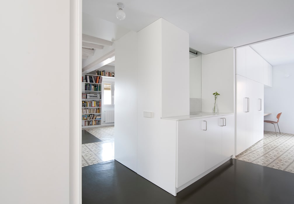 Ванные комнаты в . Автор – manrique planas arquitectes, Модерн