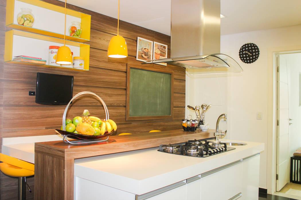 Кухни в . Автор – Maestrelo Arquitetura e Interiores, Модерн