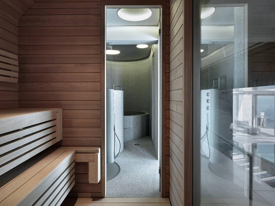 Villa T Spa moderna di arkham project Moderno