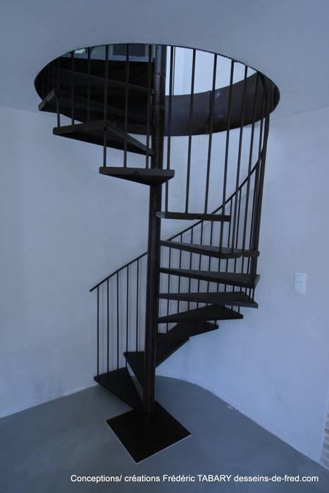 Escalier: Couloir et hall d'entrée de style  par Tabary Le Lay