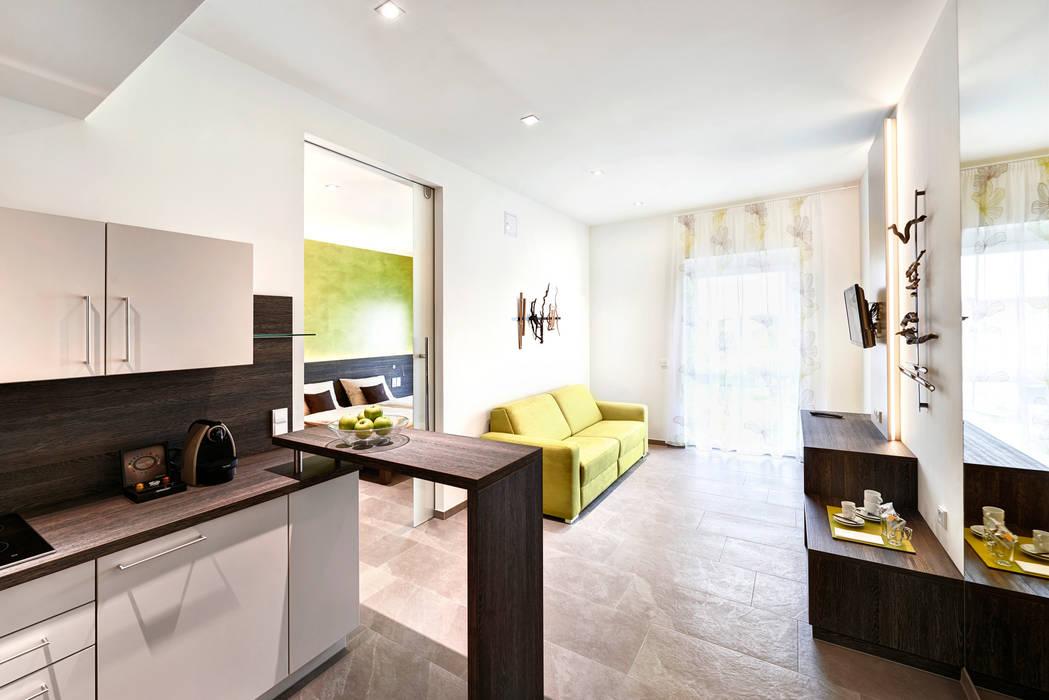 Salas de estar minimalistas por Horst Steiner Innenarchitektur Minimalista