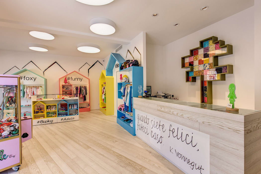 ADELE VIRGI Negozi & Locali commerciali moderni di MOB ARCHITECTS Moderno