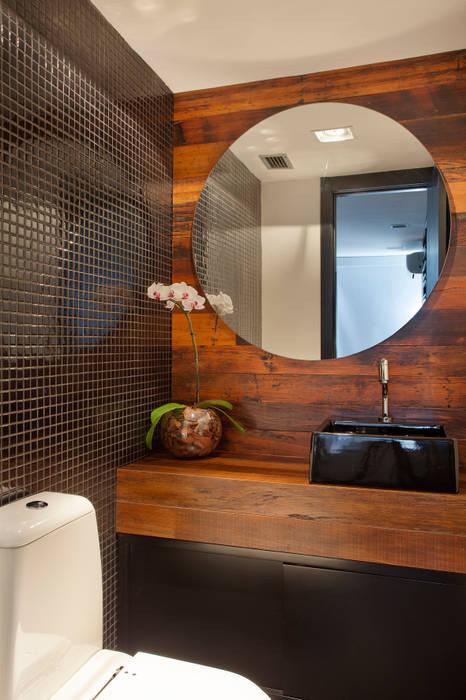 現代浴室設計點子、靈感&圖片 根據 ASP Arquitetura 現代風