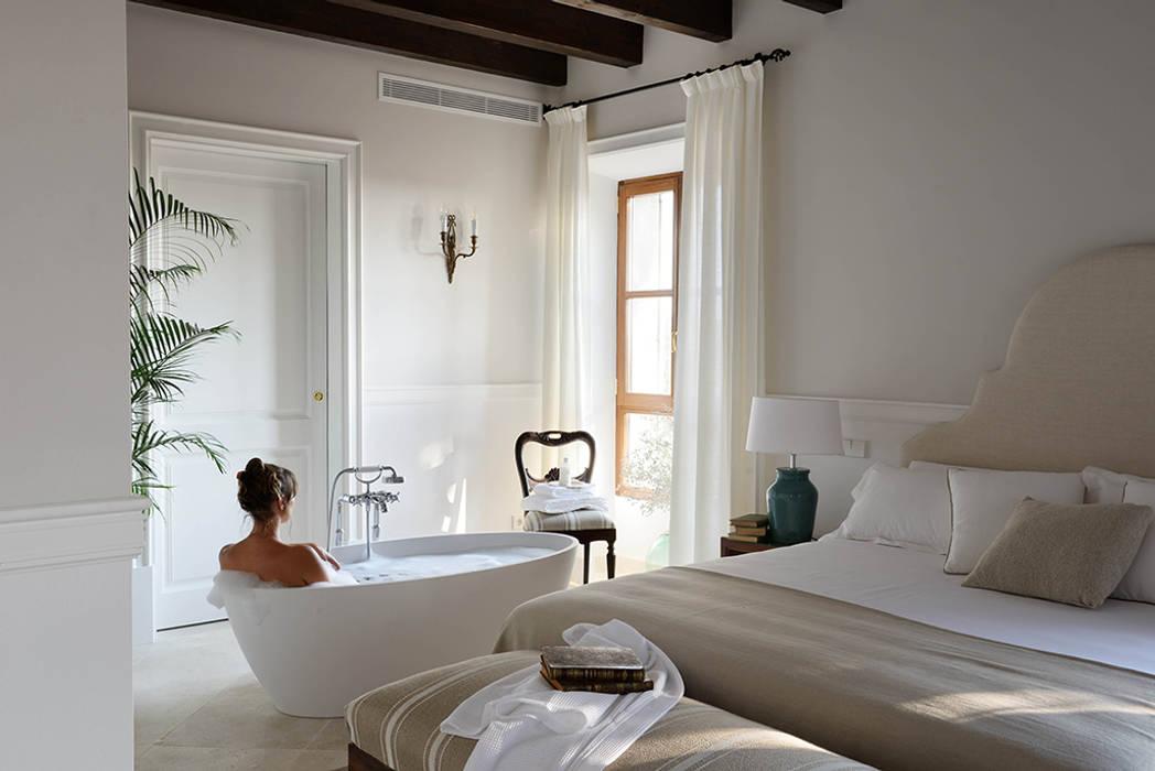 HOTEL CAL REIET – THE MAIN HOUSE Bloomint design Mediterranean style bedroom