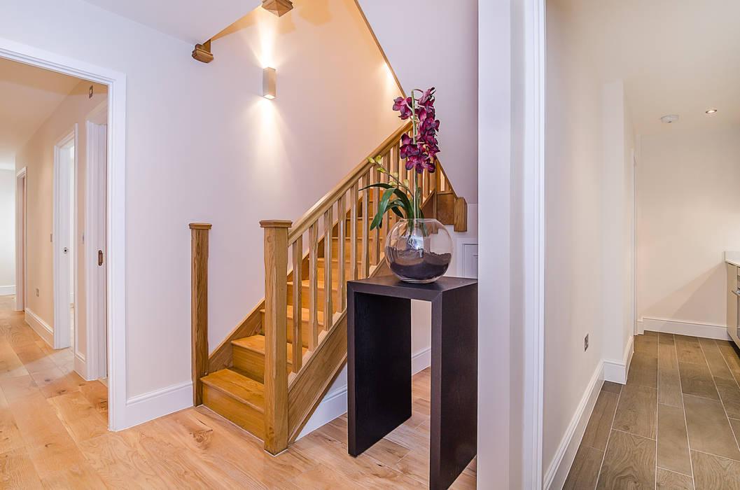 Oakhill Road, Putney Couloir, entrée, escaliers modernes par Concept Eight Architects Moderne