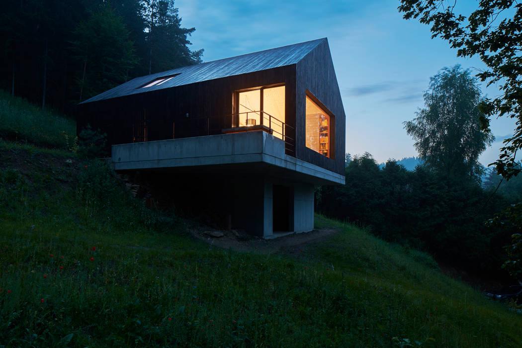 Casas de estilo  por Backraum Architektur, Moderno Madera Acabado en madera