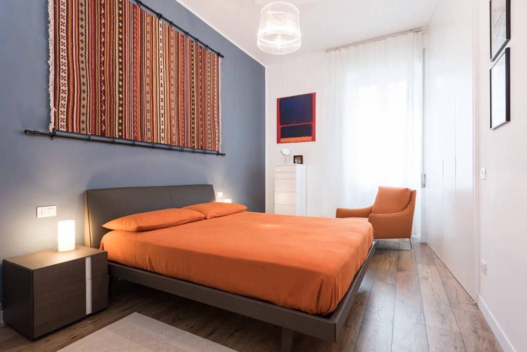 NEAR Architecture San Paolo Camera da letto moderna di Paolo Fusco Photo Moderno
