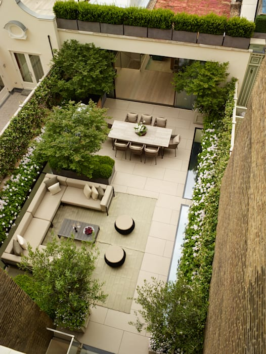 A London Roof Garden by Bowles & Wyer Modern