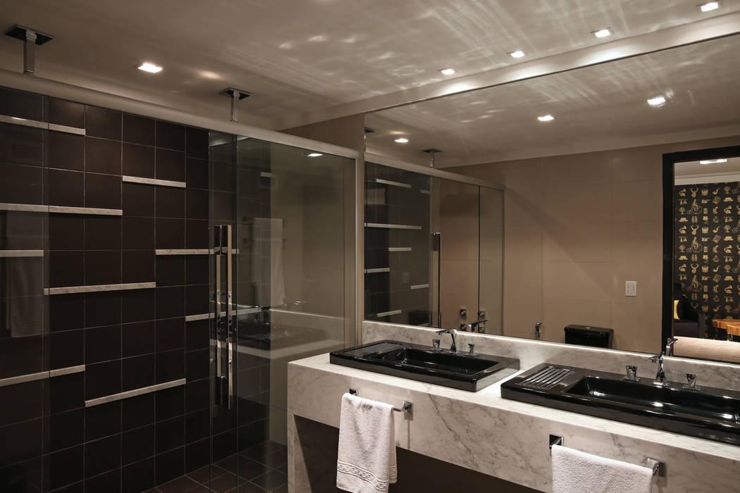 Salle de bain moderne par Cíntia Aguiar Arquitetura Moderne